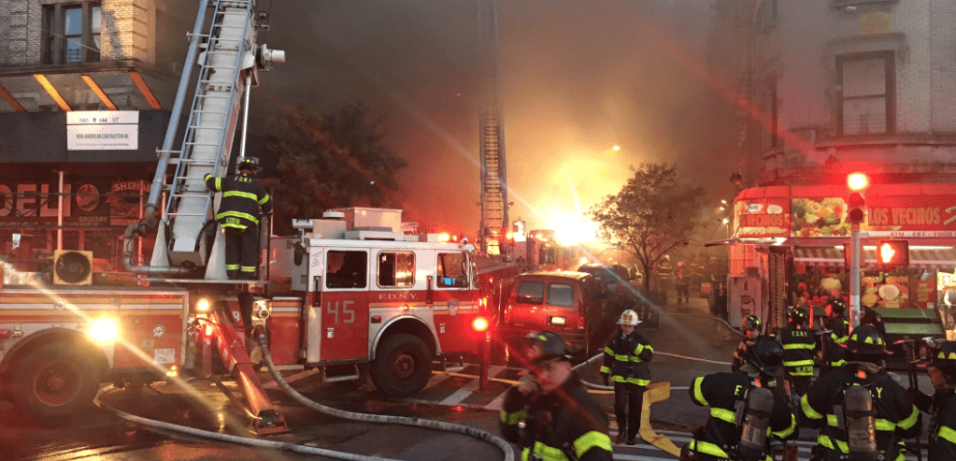 Se registra incendio en edificio de Nueva York