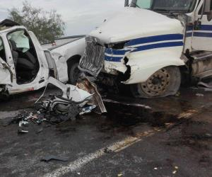 Mueren tres ministeriales en accidente