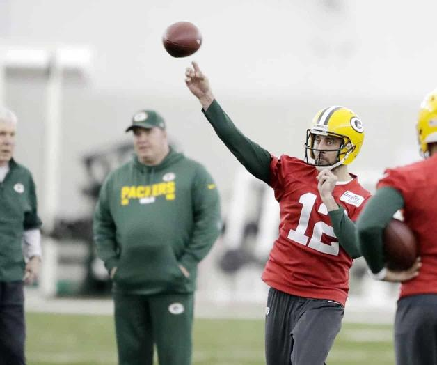 Panthers arruinan el regreso de Aaron Rodgers con los Packers