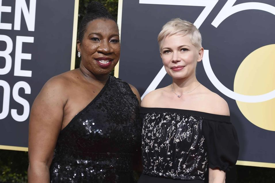 Michelle Williams y Tarana Burke.