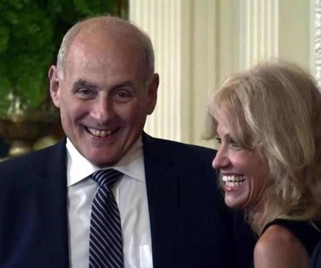 Donald Trump pide a Kelly colaborar hasta 2020