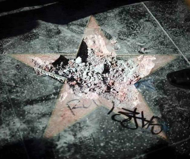 Piden quitar estrella de Donald Trump en Hollywood