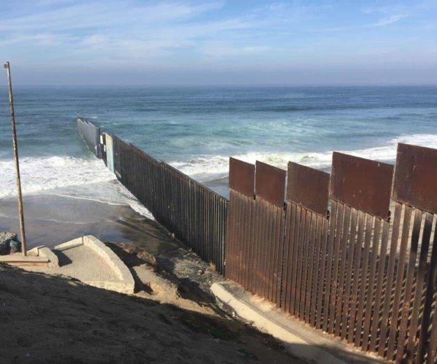 Desperdicio, invertir en muro de Trump