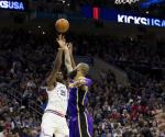 Embiid luce y guía a los 76ers a triunfo sobre Lakers
