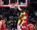 LeBron James mete 36 puntos y Lakers vence a Chicago Bulls