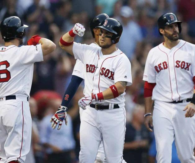 Con grand slam, Chavis guía a Boston