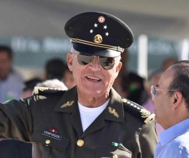 Postergan la audiencia del general Cienfuegos